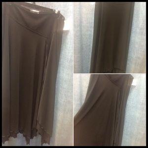 16/18 Asymmetrical Skirt